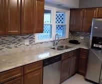 Kitchen, 15932 Haven Ave