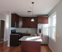 Kitchen, 249 W Linden Ave