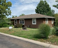 812 Pine St, Eudora, KS