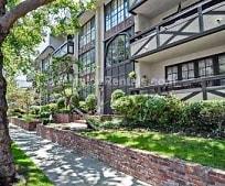 133 S Oakhurst Dr, Beverly Hills, CA