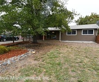 Building, 252 Wagontire Dr