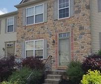 404 Knollwood Rd, 17551, PA