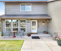 5124 30th St NE, Northeast Tacoma, Tacoma, WA