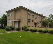 10601 W Cermak Rd 1N, Westchester, IL
