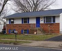 Building, 1700 N Amelia St
