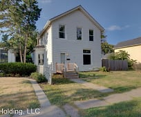 420 Kirkwood Blvd, West End, Davenport, IA