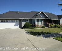 1467 SW David Dr, South Middle School, Grants Pass, OR