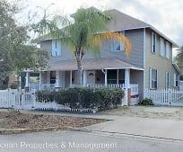 110 S Orange St, New Smyrna Beach, FL