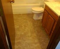 Bathroom, 611 Eglon Ave S