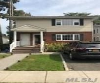 56 Firwood Rd, Manorhaven, NY