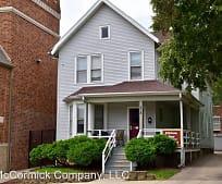 Building, 218 W Gilman St