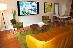 Easton Apartments - Dallas
