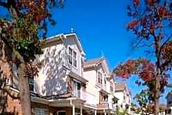 Andrews Corner - Lakewood