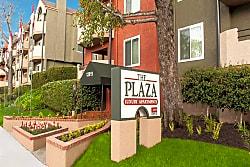 The Plaza Apartments - Sherman Oaks