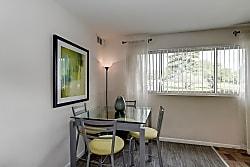 Barclay Square Apartments - Baltimore