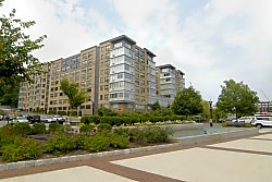 Rivers Edge at Port Imperial - Weehawken