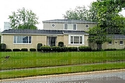 3 br, 2.5 bath House - 3100 McGee Avenue, - Middletown
