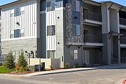 Easton Village Apartments - Boise