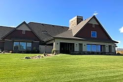 Stonefield Apartments & Townhomes - Bismarck