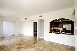 The Onyx Apartments - Las Vegas