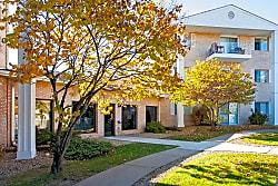 Carrington Court Apartments - Burnsville
