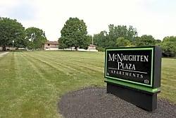 McNaughten Plaza - Columbus