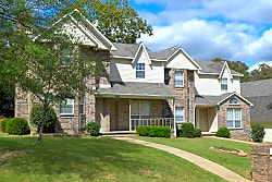 Apple Valley Townhomes - North Little Rock