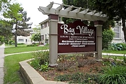 Bay Village Townhomes - Whitefish Bay