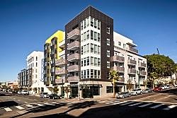 AV8 - San Diego
