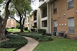 Greentree Apartments - Pasadena