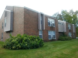 Wells Villa Apartments - Muskegon