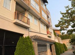 Revo 225 Apartments - Renton