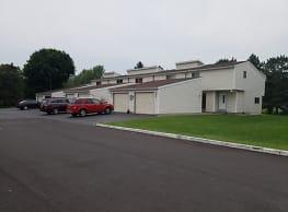 Springlake Apartments - Rochester