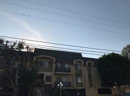 Klump Apartments - North Hollywood