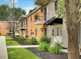 Lakeland Terrace Apartments - Euclid