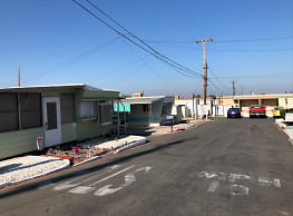 Green Valley Mobile Home Park - Yucaipa