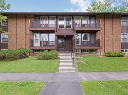 Franklin Park Apartments - East Syracuse