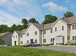 Ivy Woods Apartments - Tolland