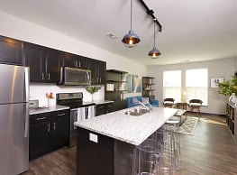 Apartments at the Yard: Manchester Building - Grandview Heights