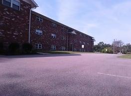 Pond View Apartments - Plainfield