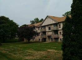 Mill Creek Apartments - Clio