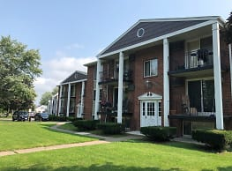 Colonial Village Apartments - Tonawanda