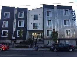 Brooklyn Ave Apartment Building - Seattle