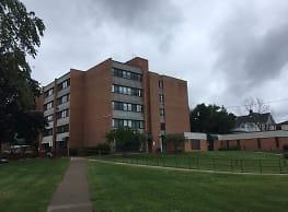 Elmcrest Apartments - Geneva