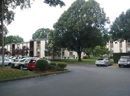 East Bay Apartments - Taunton