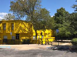 Oak Creek Village - Austin