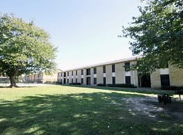 Woodside Apartments - Dallas