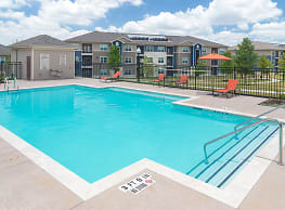 The Pointe at Crestmont - Houston