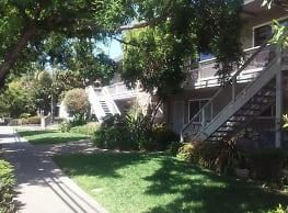 Garden Glen & Fontainbleau - San Jose