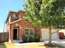 This 4 bedroom 2.5 bath home has 2,509 square feet - San Antonio
